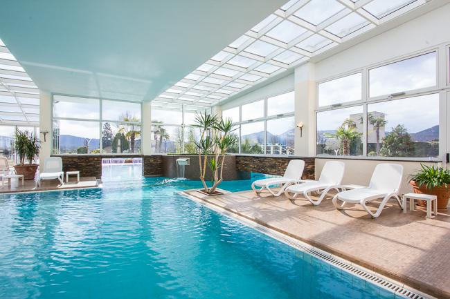 Hotel abano terme 4 stelle terme e golf all 39 hotel leonardo da vinci - Abano terme piscine notturne ...